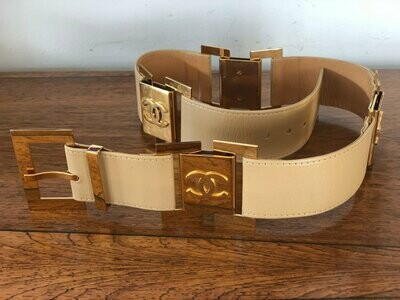 Vintage 90's CHANEL Huge Gold CC Logos Beige Leather Waist Belt Buckle - 75 / 30 - S / M - Super Rare Collectors Item!
