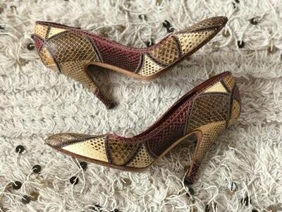Vintage GUCCI Tom Ford Era Beige Brown Red PYTHON print Snakeskin Leather Pumps Heels Shoes eu 40 us 10