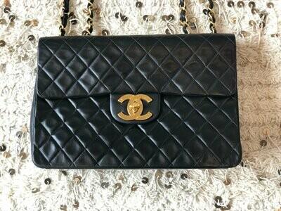 Vintage 90's CHANEL Jumbo Maxi Matelasse CC Logo Turnlock Black Lambskin Leather Crossbody Shoulder Bag Purse Chain Strap