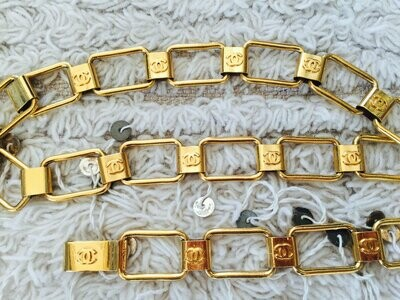 Vintage 80's CHANEL CC Logo Monogram Gold Chain Waist Belt Buckle Necklace Logo Mania!!  24