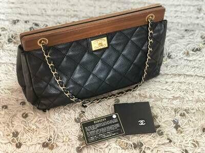 Vintage CHANEL CC Logo WOOD Frame Matelasse Quilted Black Caviar Leather Chain Shoulder Bag Clutch Purse