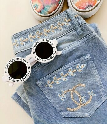 Vintage CHANEL Large CC Embroidered Logo Pockets Denim Blue Jeans Pants eu Fr 36 Us 4 Small  - RARE!!!