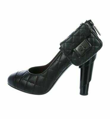 Vintage CHANEL Black Quilted Leather Heels with Mini 2.55 Reissue Bag Pumps Shoes Heels Sz 38 us 7.5 - 8