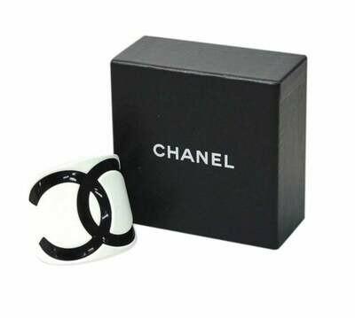 Vintage XL 90's CHANEL CC Logos Cuff Bangle Bracelet Resin White / Black