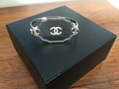 Vintage CHANEL CC Logo Mirror Victorian Style Glass Silver Bracelet Bangle Cuff France Fashion Jewelry