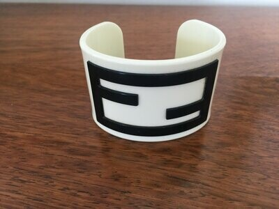 RARE Vintage FENDI ZUCCA Large Logo Layered Resin Cuff Bangle Bracelet White / Black