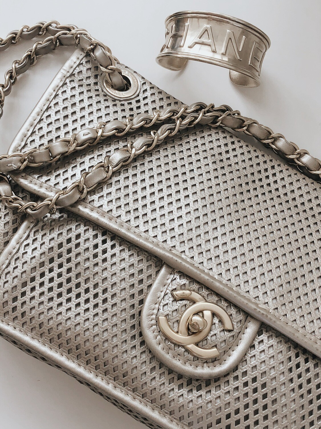 CHANEL CC TURNLOCK PERFORATED FLAP DOUBLE CHAIN BAG