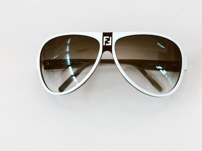 VINTAGE FENDI BLACK WHITE AVIATOR SUNGLASSES