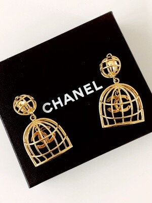 VINTAGE 90s CHANEL GOLD BIRDCAGE EARRINGS - RARE!