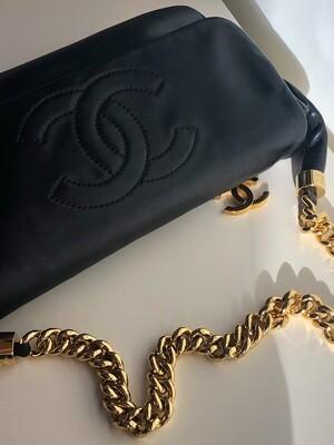 VINTAGE CHANEL CC THICK CHAIN BLACK SHOULDER BAG
