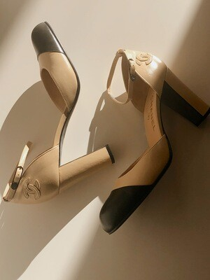 CHANEL CC 2 TONE BEIGE BLACK MARY JANE HEELS 39 9