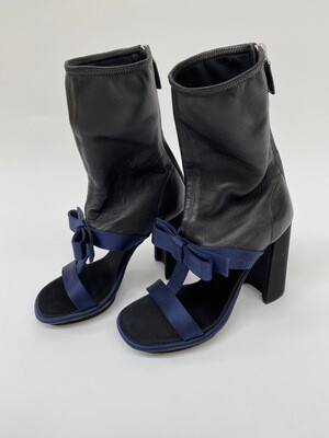PRADA BLACK NAVY SOCK BOOTS WITH BOW DETAIL 37.5