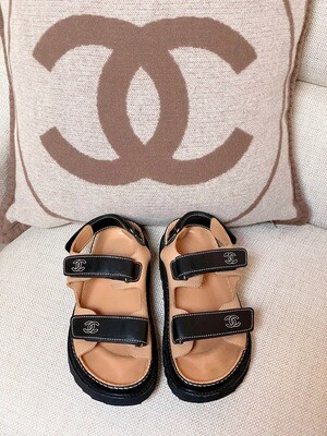 CHANEL CC LOGO VELCRO DAD SANDAL BROWN BLACK LEATHER 38 / US 7 - 7.5