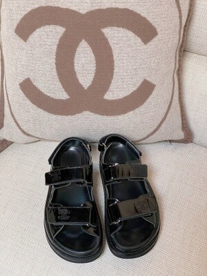 VINTAGE CHANEL CC DAD VELCRO SANDALS 36 / 6