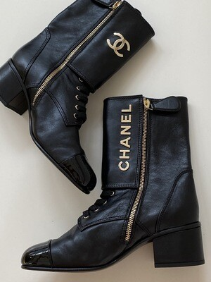 CHANEL CC LETTER BLACK LEATHER LACE UP COMBAT MOTORCYCLE BOOTS 39 / 9