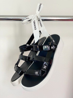 CHANEL CC DAD VELCRO BLACK WHITE PATENT LEATHER SANDALS 41 / 10