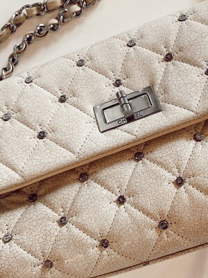 VINTAGE CHANEL CC STUDS REISSUE BEIGE PATENT LEATHER FLAP BAG