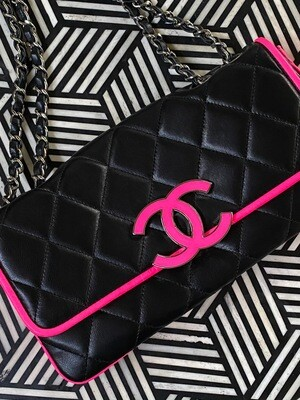 CHANEL CC NEON PINK BLACK LEATHER FLAP SHOULDER BAG