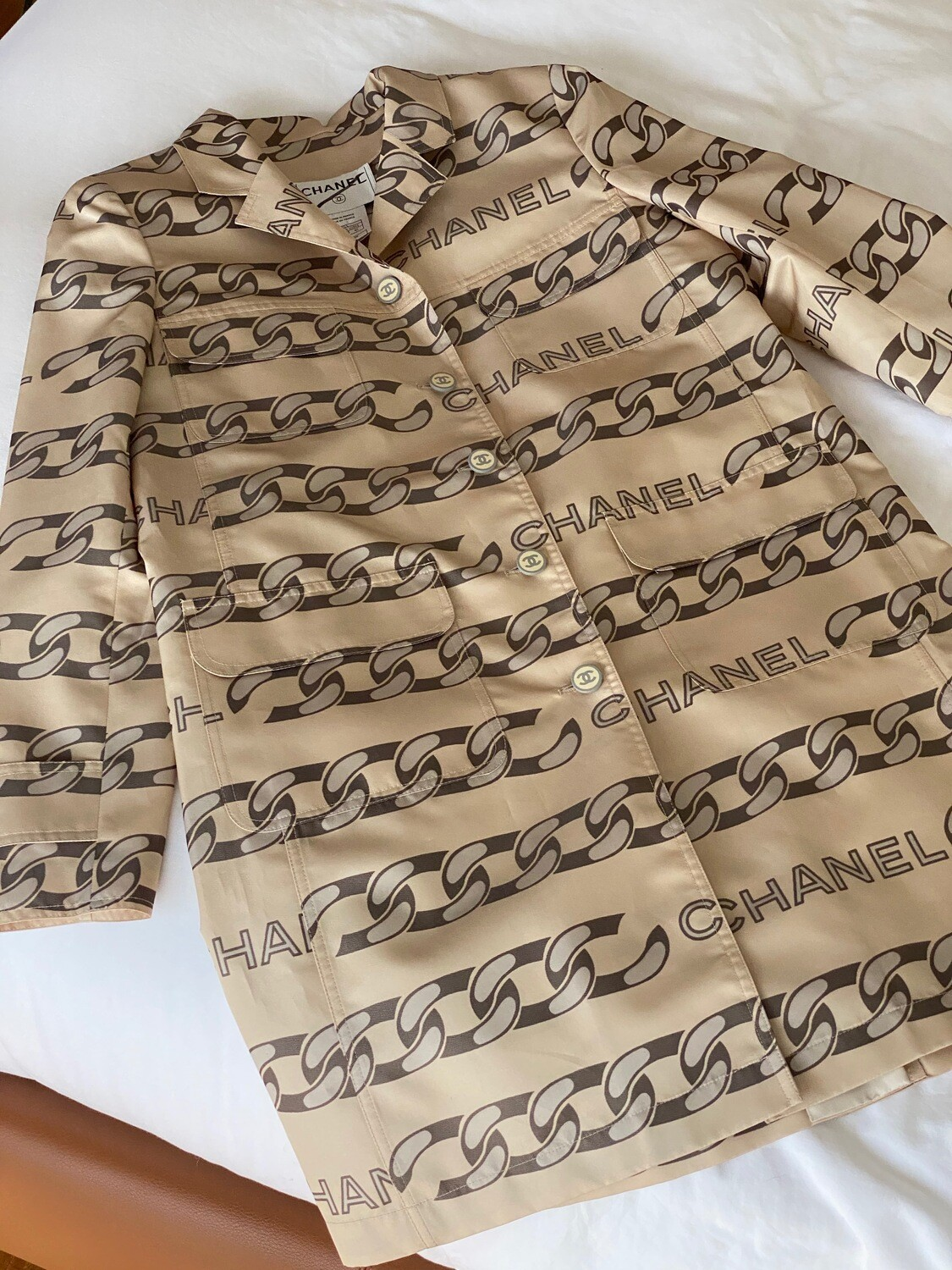 VINTAGE CHANEL CC CHAIN PRINT SILK TRENCH JACKET COAT FR 40 / US 8