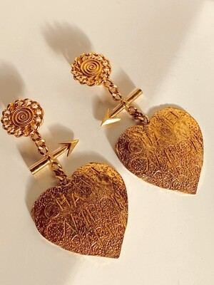 VINTAGE CHANEL CAMBON XL DANGLE HEART EARRINGS - COLLECTORS ITEM!