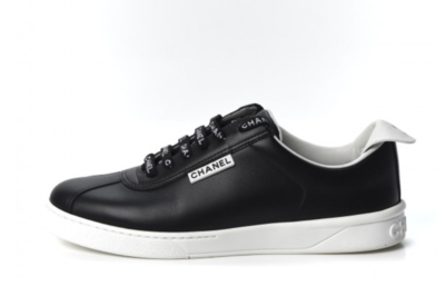 CHANEL CC LETTER LOGO LACE UP SNEAKERS TRAINERS BLACK / WHITE IT 37.5 / 6.5 - 7