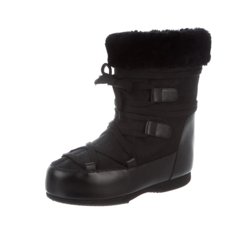 CHANEL CC LOGO BLACK LACE UP SNOW WINTER BOOTS WITH FUR TRIM IT 39 / US 8