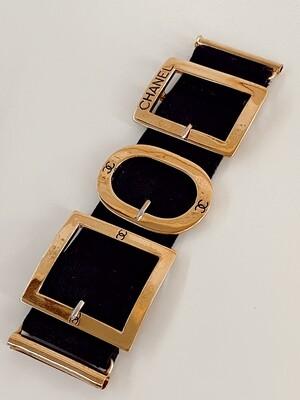 CHANEL ICONIC CC LOGO GOLD BUCKLE BRACELET 90'S VINTAGE