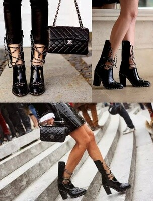 CHANEL CC LOGO CHAIN OBSESSION BOOTS BLACK LEATHER - IT 40 / US 9 - 9.5