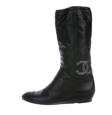 CHANEL CC BLACK LEATHER SCRUNCH BOOTS