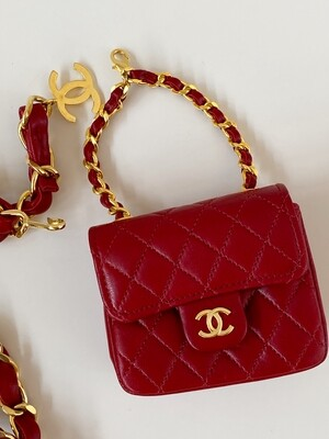 CHANEL VINTAGE RED QUILTED MICRO MINI FLAP BAG CHAIN BELT WITH CC CHARM