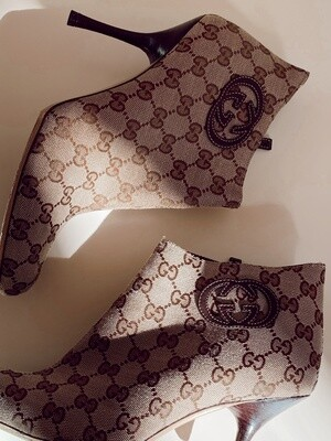 GUCCI GG MONOGRAM CANVAS BOOTIES IT 40 / US 10