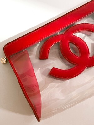 CHANEL VINTAGE CC CLEAR / RED LEATHER LARGE CLUTCH