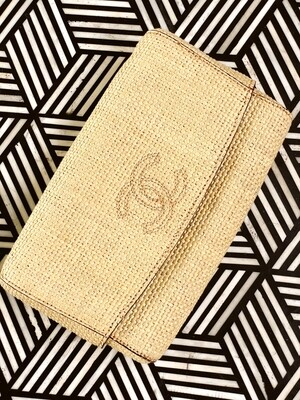 VINTAGE CHANEL CC EMBROIDERED STRAW 2 PC CLUTCH