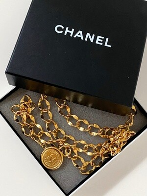 CHANEL VINTAGE CC GOLD DOUBLE CHAIN MEDALLION BELT