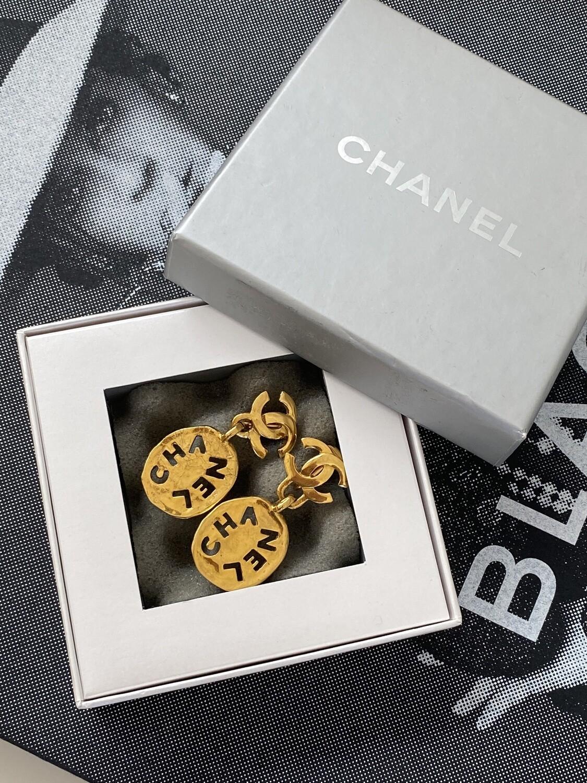 CHANEL VINTAGE CC LETTER LOGO GOLD DANGLE CLIP ON EARRINGS