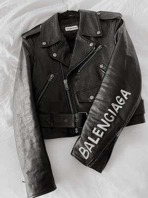 BALENCIAGA MONOGRAM GRAFFITI LOGO BLACK LEATHER ZIPPER MOTORCYCLE BIKER JACKET 38