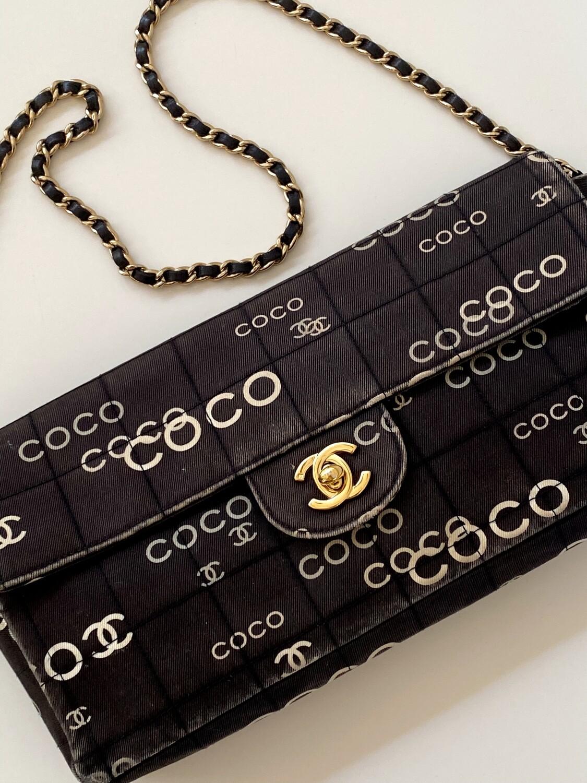 Vintage 90s CHANEL CC COCO Logo Mania Classic Flap Turnlock Black & White Print Handbag Shoulder Purse Clutch Evening Bag