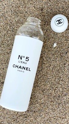 CHANEL CC FACTORY NO 5 LIMITED EDITION REUSABLE WATER BOTTLE