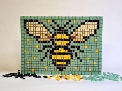 Bee (medium pixel mosaic kit)