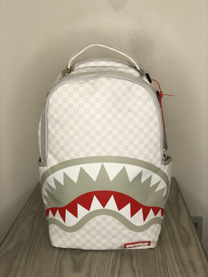 Zaino Sprayground Shark in Paris Mean & Clean