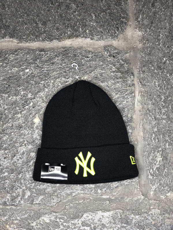 New York Yankees beanie NEW ERA nero giallo