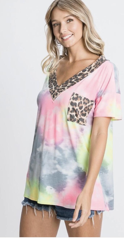 Hemish short sleeve vneck tye dye animal print top