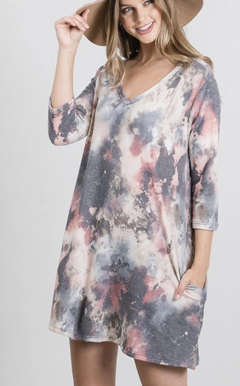 Heimish Three Quarter Sleeve Vneck tye dye dress