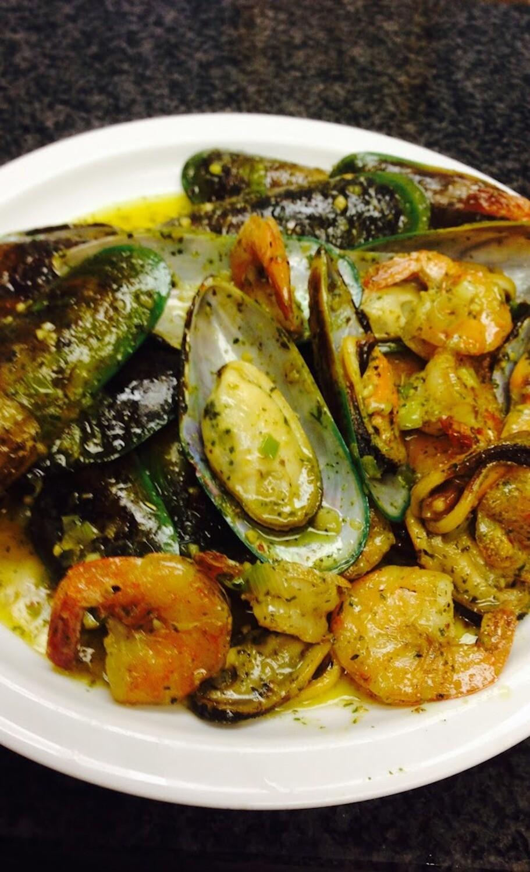 Crevettes et moules / Shrimps and Mussels