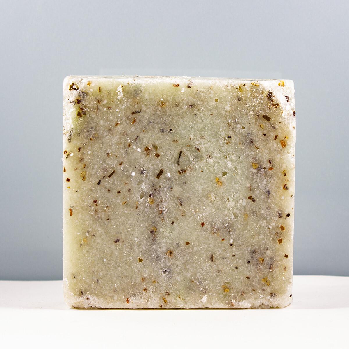 Солевой брикет с фукусом на мыльной основе