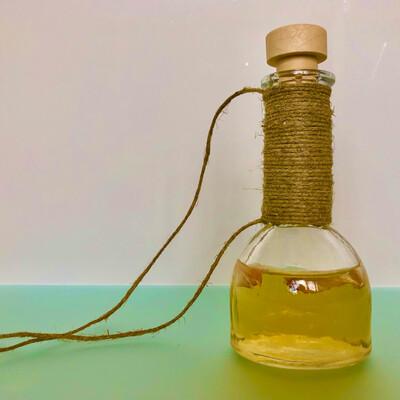 Бутылочка стеклянная для масла, 100 мл.