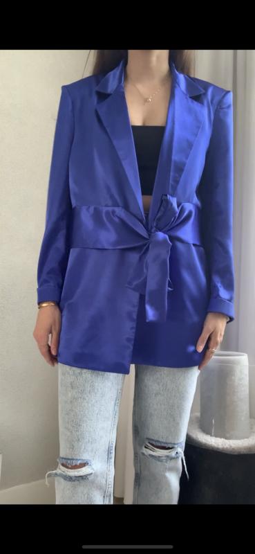 The MAEN blue blazer