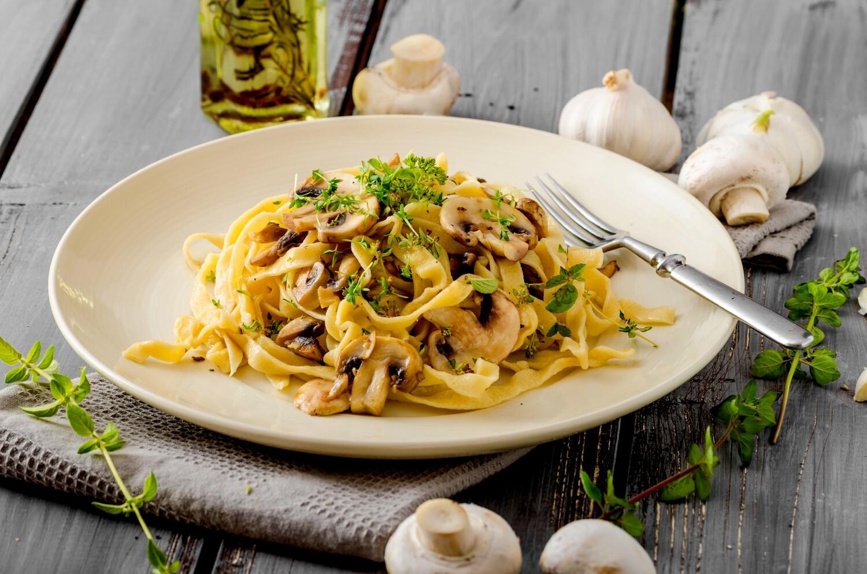 Tagliatelle Mushroom Carbonara (Vegetarian)