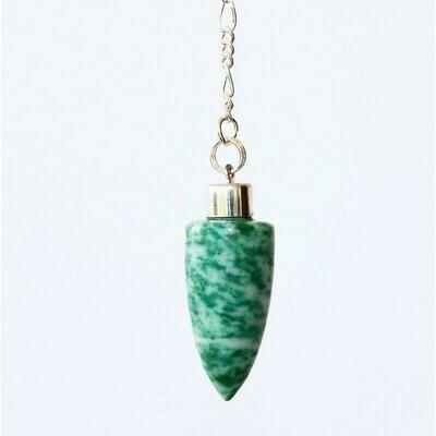 Pendule des druides en jade vert