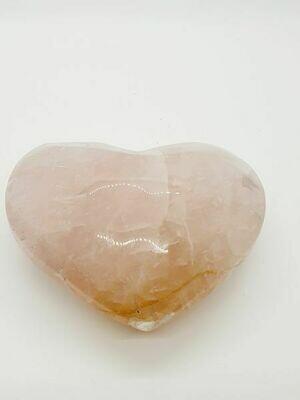 Cœur en quartz rose 9 cm 350gr